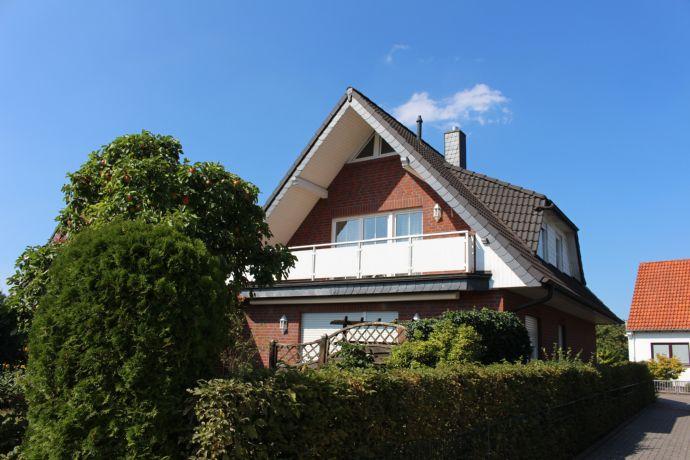 Besonders! Im Herzen von Arbergen: komfort. + moder. Einfamilienhaus mit Süd-West-Terrasse + Garage....