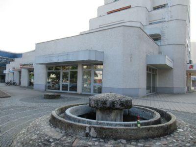 Burghausen Ladenlokale, Ladenflächen