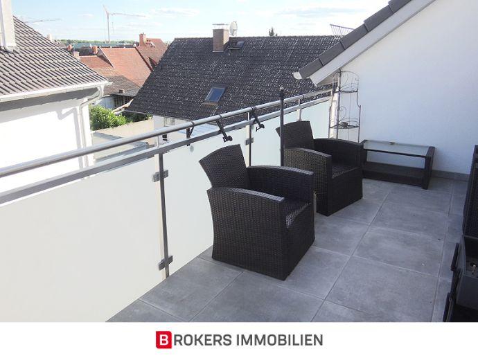 Neuwertige 3-Zimmer-Maisonette-Wohnung mit Dachterrasse inkl. Stellplatz