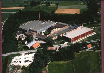 Volkertshausen Halle, Volkertshausen Hallenfläche