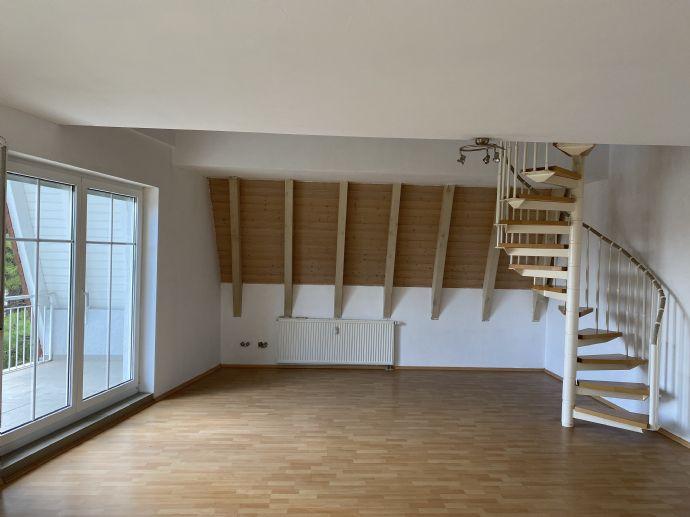Helle und geräumige 2,5-Zimmer Maisonette-Wohnung in Biblis!