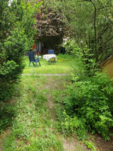 EFH mit Märchengarten und viel Potenzial