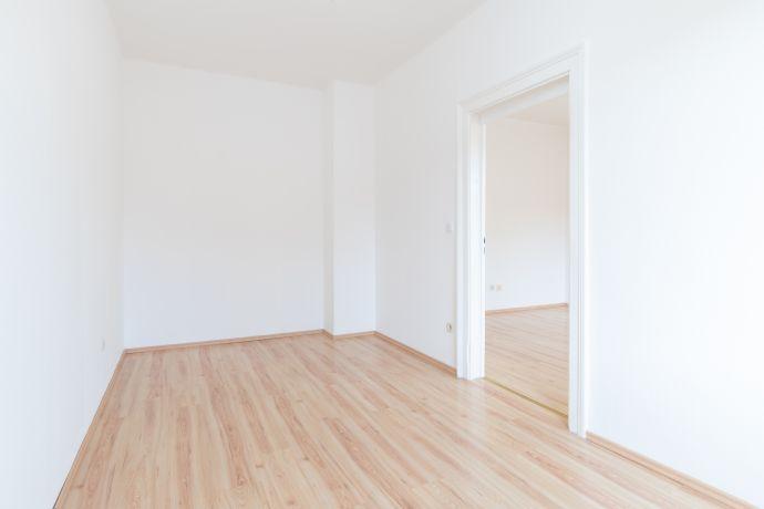 Gut aufgeteilte 2-Zimmer-Wohnung mit Einbauküche zu vermieten !