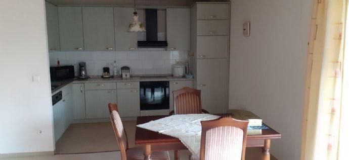Gepflegte Wohnung mit Balkon und Einbauküche in Oberhausen