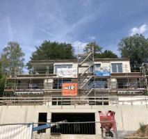 EXKLUSIVES WOHNEN - TOP 4-Zi.-Wohnung im 1. OG mit Balkon in bester Stadtlage Coburgs