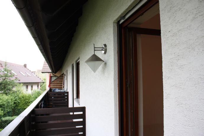 2-Zi-Wohnung (Maisonette) mit Einbauküche und Balkon in Höchstadt