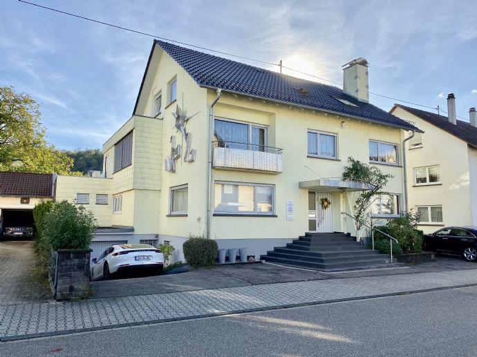 Wunderschönes Wohnhaus mit Schwimmbad & Praxis in Gaggenau-Ottenau