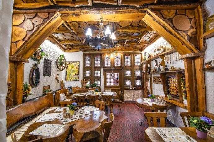 Wohnhaus und Restaurant im Herzen von Bad Herrenalb
