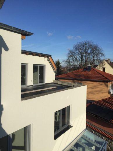 Maisonettewohnung mit Einliegerwohnung, großer Dachterrasse und Sauna