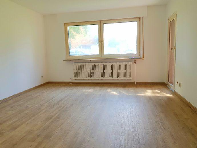 Schöne Wohnung mit Balkon in