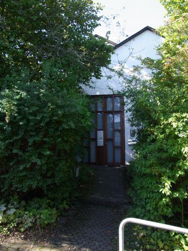 Einfamilienhaus mit Einliegerwohnung und Garage in Alzey-Stadt