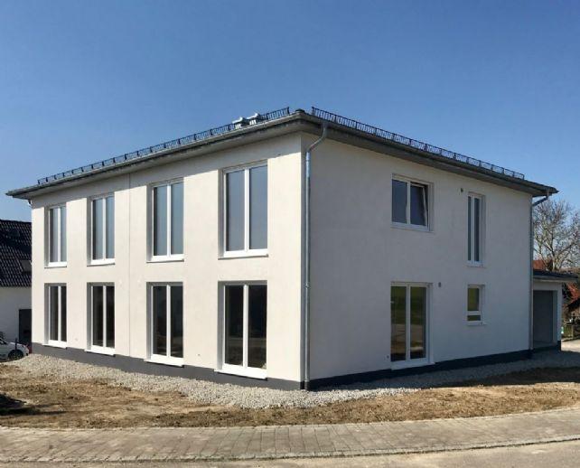 Neubau Doppelhaushälfte als Ausbauhaus in schöner und ruhigen Wohnlage (Süd- /Westausrichtung)