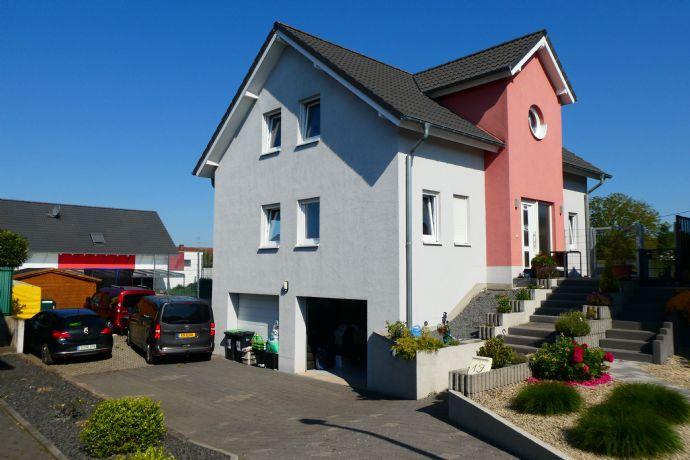 Modernes, freistehendes Einfamilienhaus in direkter Grenznähe zu Luxemburg