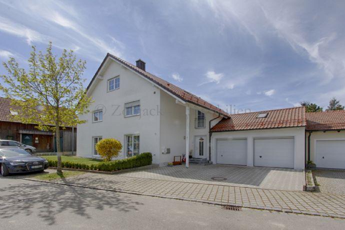 2-Familienhaus mit ausbaubaren DG in Mallersdorf in ruhiger Gemeinde Randlage für Kapitalanleger und Selbstbezieher