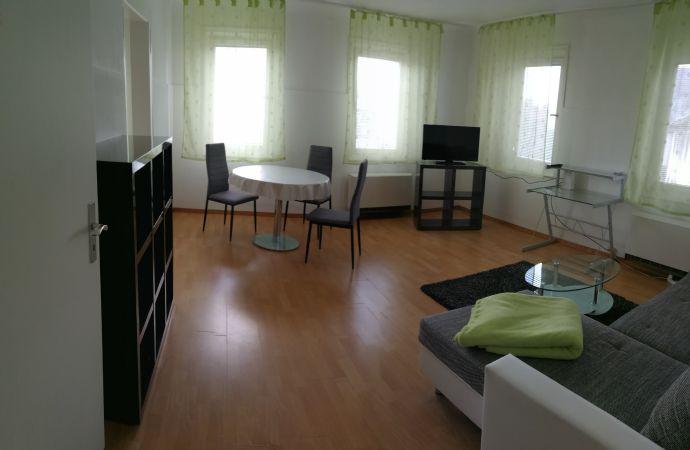 Sehr helle, hochwertige Maisonette-Wohnung im 2. Obergeschoss mit Balkon, Terrasse und EBK - Loftcha