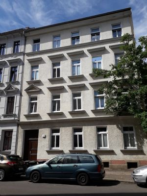 Voll vermietetes, saniertes Mehrfamilienhaus mit 4 Wohneinheiten und Option für DG-Ausbau in Altlindenau zu verkaufen