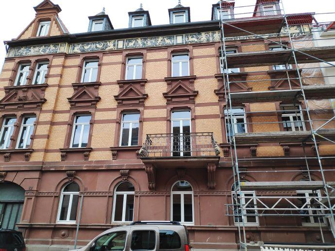 Stilvolle Altbauwohnung zu vermieten, Top-Lage, hochwertig kernsaniert und modernisiert