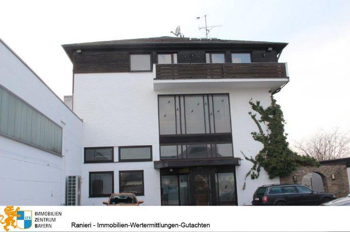 ANLEGER AUFGEPASST 10 JAHRE MIETGARANTIE ! Wohn- und Geschäftshaus mit Garagen - Penthouse mit Aufzug auf zwei Etagen - Tuchenbach - Fürth