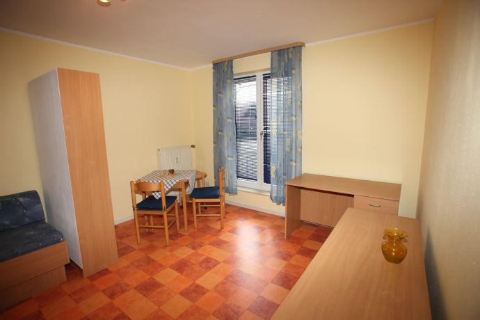 1-Zimmer-Wohnung mit 26 m² Wfl. im 1. OG, Bj. 1993