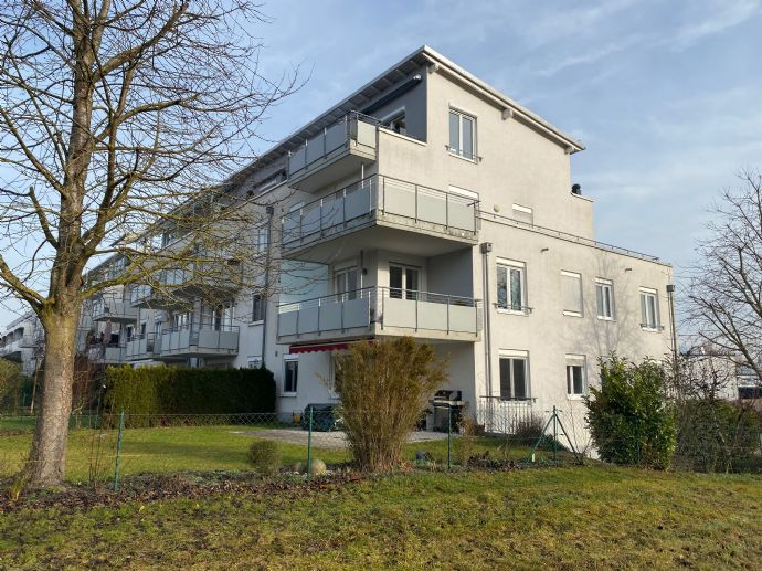Hochwertige 3-Zimmer Wohnung in Top-Lage mit Einbauküche und Tiefgarage