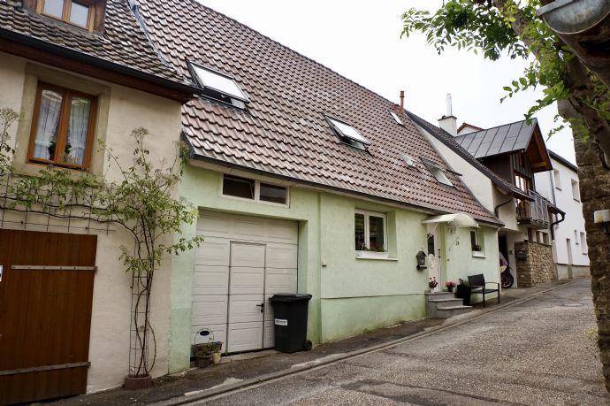 Charmantes Einfamilienhaus mit Garage in Kraichtal - Gochsheim