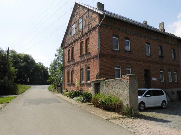 attraktiver Vier-Seitenhof mit Nebengelass sucht neuen Eigentümer!