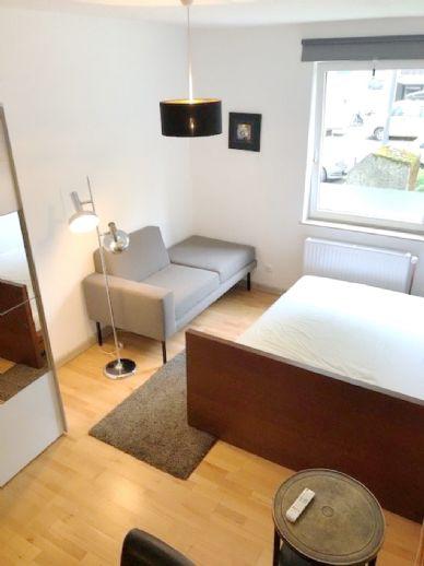Hell und gemütlich möblierte 1 Zimmer Wohnung mit Sitzküche / Nähe Außenalster / zentral/ ab 01.06.2020 frei