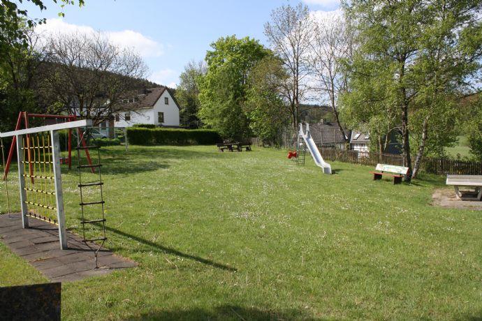 Sonniges Baugrundstück in herrlicher Lage von Bad Berleburg-Raumland