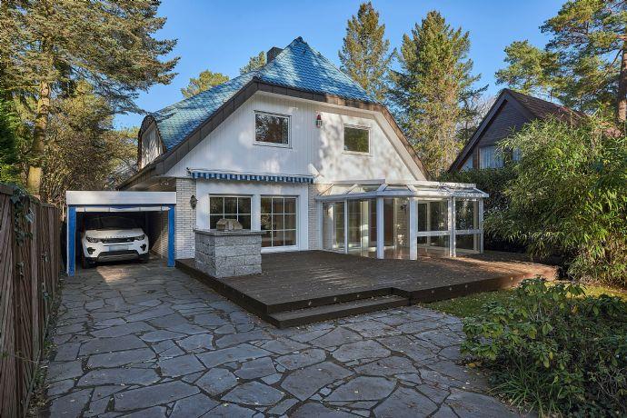 TOP ZUSTAND! Einfamilienhaus mit Schwimmbad auf wunderschönem Grundstück in Toplage Frohnaus
