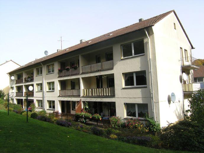 3-Zimmer-Wohnung mit 2 Balkonen u. Gartenparzelle
