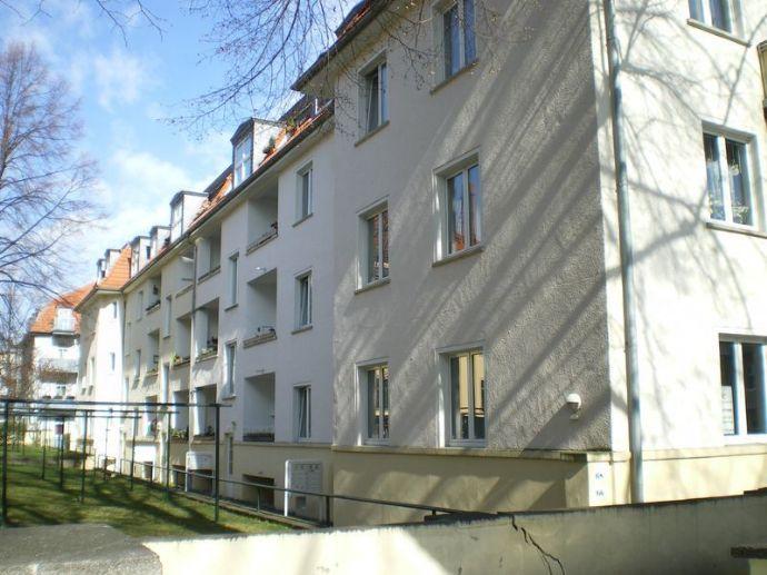 Geräumige 1 Zimmer Wohnung mit Balkon