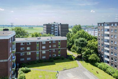 Der nächste Sommer kommt bestimmt - sonnige 3-Zimmerwohnung mit Loggia - Mündelheimer Höhe!