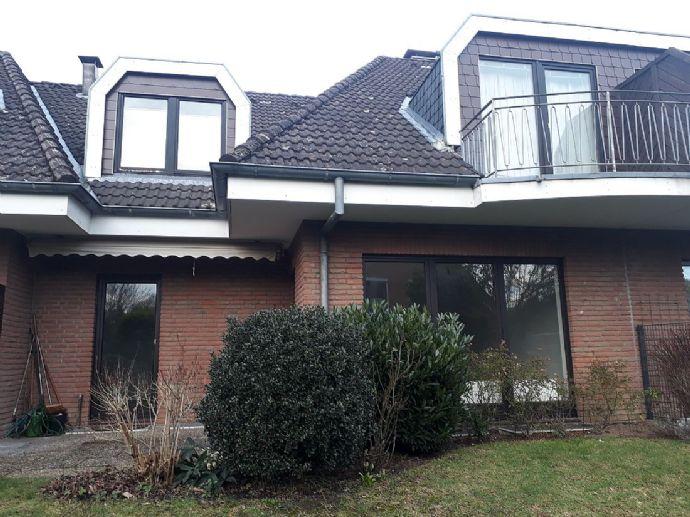 Helle Dachgeschoss-Wohnung Nähe Pariner Str, Bad Schwartau