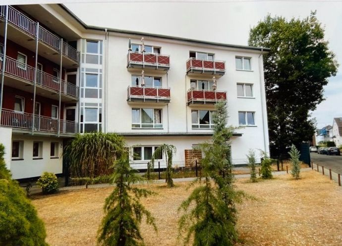 Helle, renovierte Etagenwohnung in ruhiger Wohnlage (energetisch saniert)