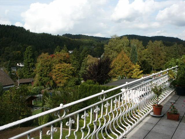 Gepflegte vollmöblierte 2-Zi.-Wohnung mit Panoramablick - Engelskirchen-Ründeroth
