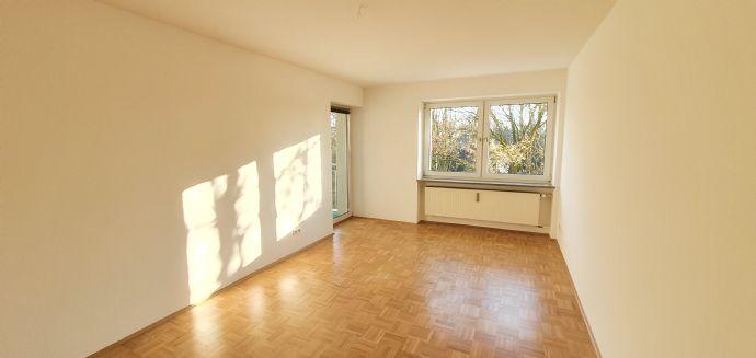 2,5-Zimmer-Erdgeschosswohnung mit Garten im beliebten Regensburger Westen