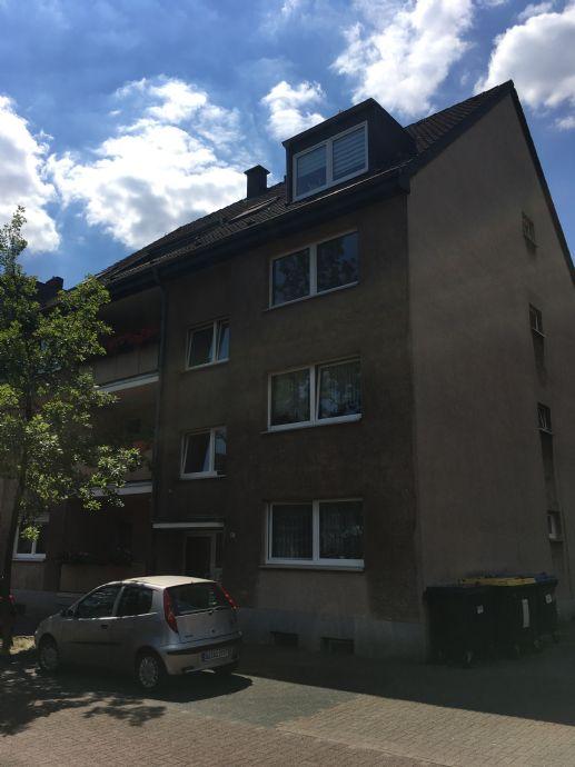 2 1/2-Zimmer-WBS-Wohnung in Duisburg-Bruckhausen