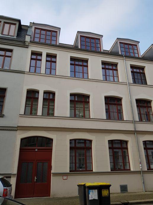 **Schöne 2-Raumwohnung mit Parkett und Balkon in Gohlis**