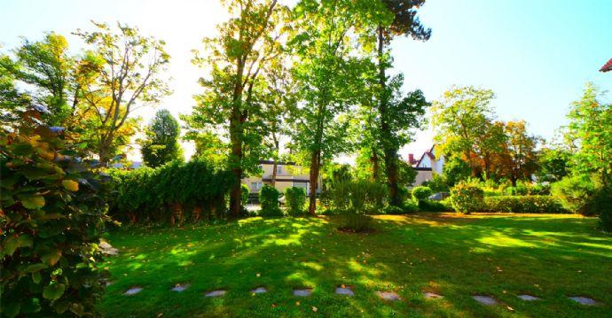 Erstklassige 5-Zimmer-GARTEN-MAISONETTE - als Haus im Haus - dicht am Fischtalpark!