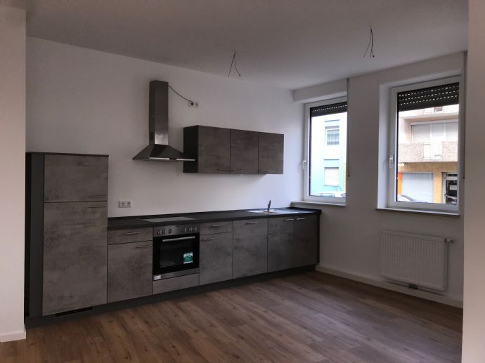Zentral leben!  1,5-Zimmer-Wohnung mit eigenem Wohnungseingang sucht Nachmieter