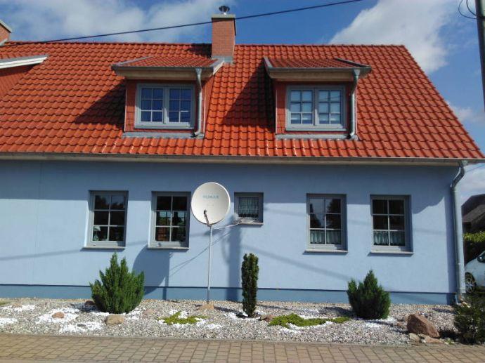 EFH/ DHH, auch als Ferienhaus nutzbar, Baujahr 2012