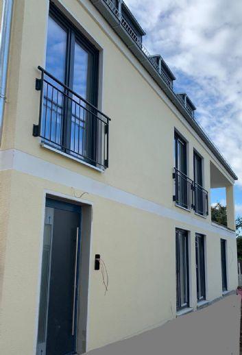 Lichtdurchflutete luxuriöse 4-Zimmer-Maisonette mit Garten und Balkon *EINZIEHEN -WOHLFÜHLEN*