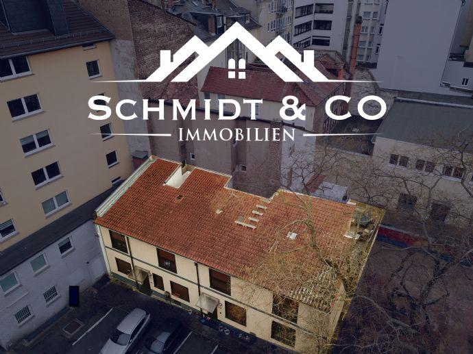Haus mit Entwicklungspotenzial in Frankfurter Innenstadt