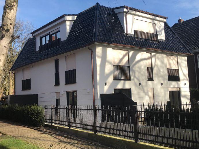 **Neubau** Exklusive 3 Zi.-Terrassenwohnung mit TG Stellplatz