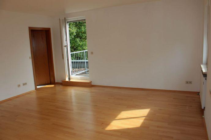 1,5-Zimmer-Wohnung im 3. Stock in Erlangen (Sieglitzhof) zu vermieten