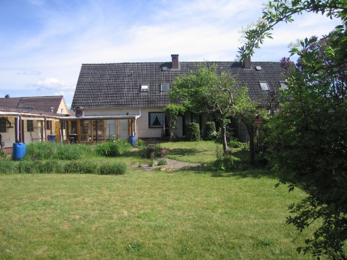 Familiengerechte Haushälfte in beliebter Lage von NMS - Wittorf
