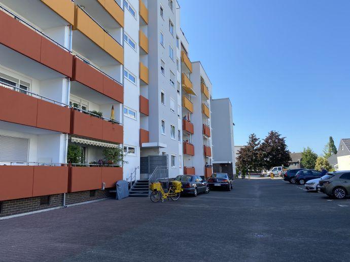 Von privat/provisionsfrei: Attraktive 3-Zimmer Wohnung in Maintal-Bischofsheim