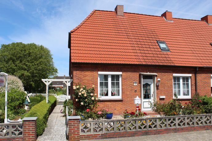 Gepflegte Doppelhaushälfte für eine kleine Familie im schönen Hinte bei Emden!