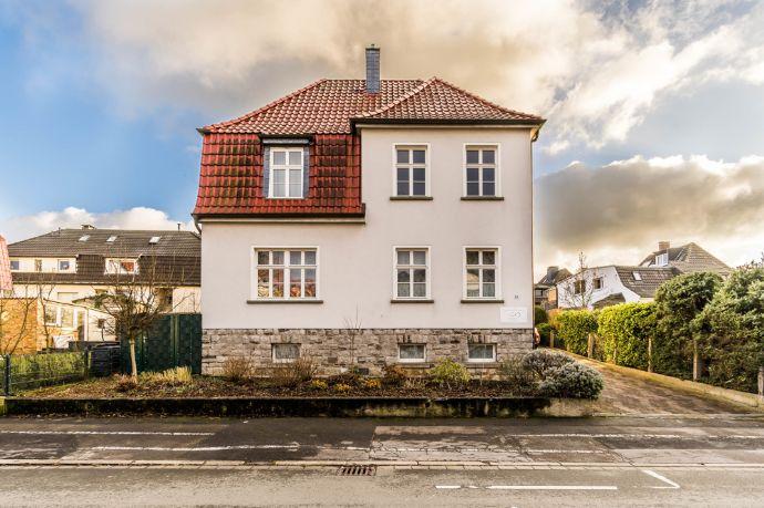 Top Saniertes Zweifamilienhaus mit Charme in guter Wohnlage von Menden