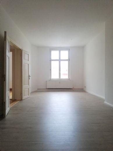 BEZUG AB SOFORT MÖGLICH 2-Zimmerwohnung im Herzen der Altstadt - inklusive Einbauküche -